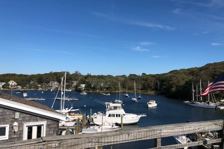 Eel Pond Woods Hole, Sail & Stay!