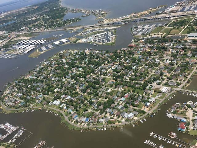 The Island of Clear Lake Shores/escape big city life and yet have conveniences of big city nearby; halfway between Houston and Galveston.