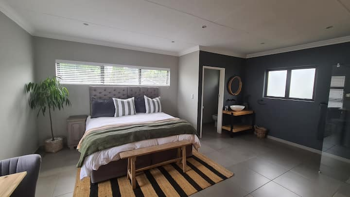 Apartment close to OR Tambo @ Inch 4 Inch Fitness