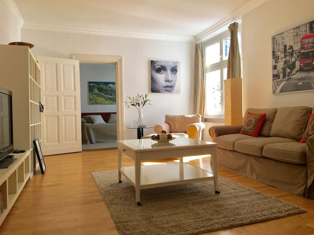 CENTER - MITT(URL HIDDEN)70 m2 • Branbenburger Gate - Berlim - Apartamento