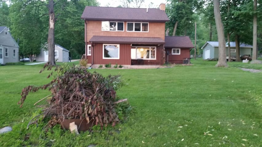 1 bedroom 4 rent on Lake Winnebago East Shore