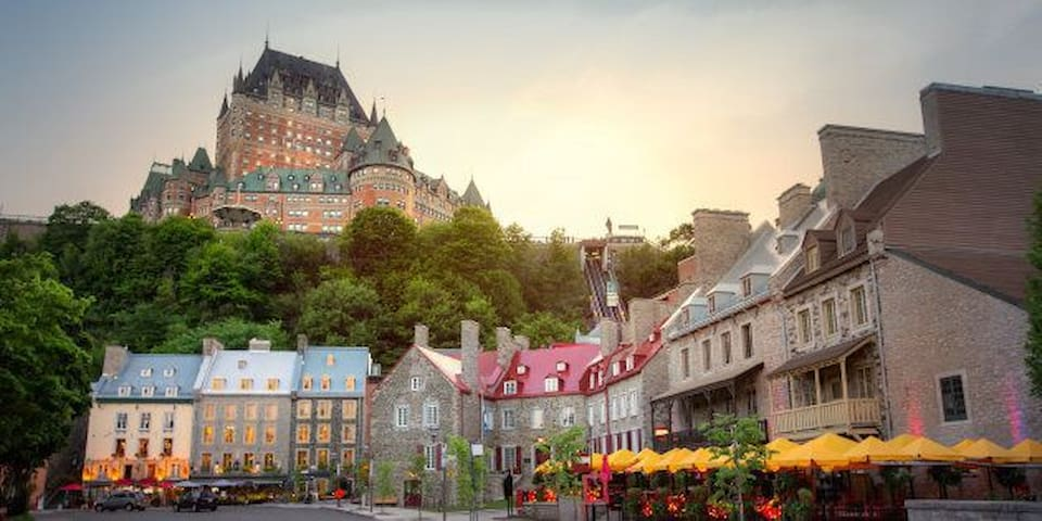only 15 min from Old-Quebec!