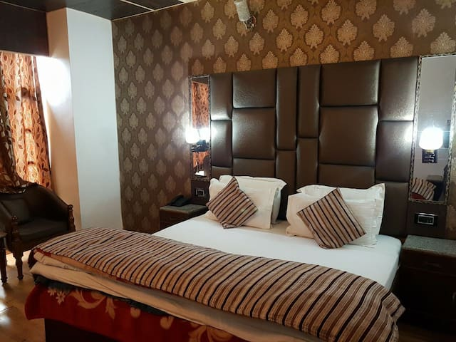 Dalhousie - Pleasant stay in Boutique Resort