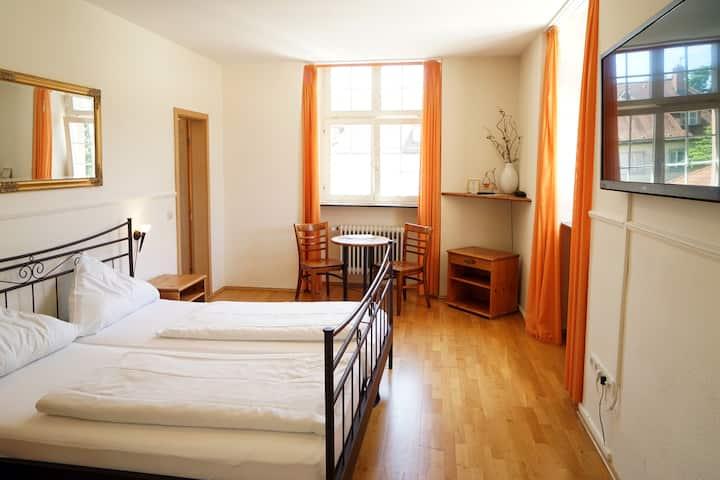 nice double room near the centre