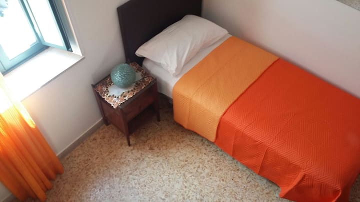 Single Room in Taormina Centre - Casa Cipolla