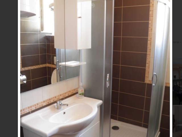 Villa lilla Apartman A2 RUŽMARIN - Novalja - Appartement