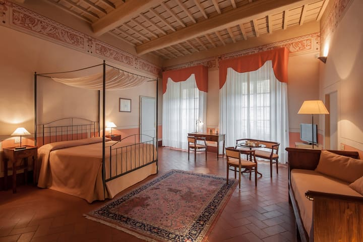 Romantic Escape in  San Gimignano
