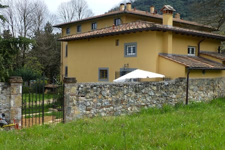 relax & country ancient house - Lucca