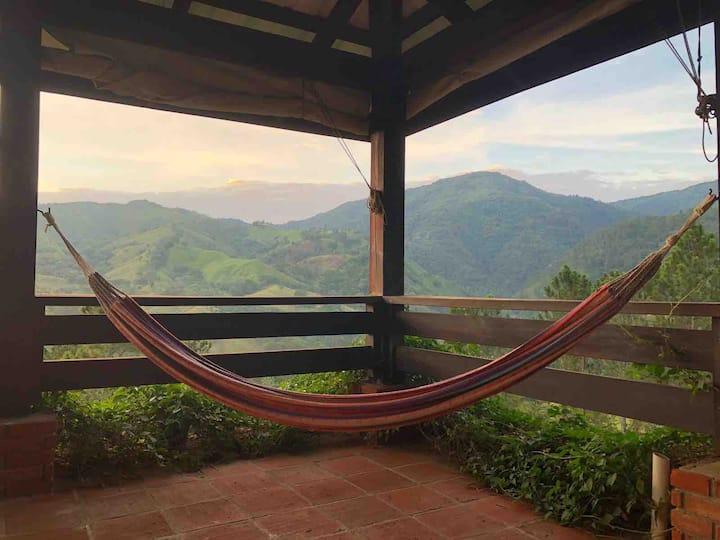 Cozy home in Jarabacoa, El Nido (The Nest)
