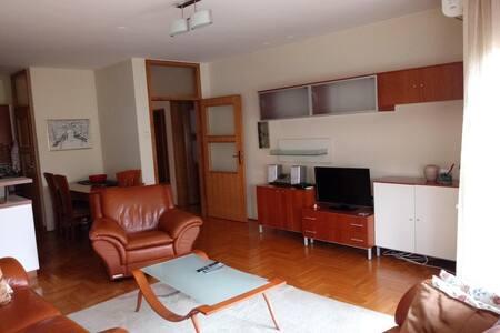 Ambassador Room