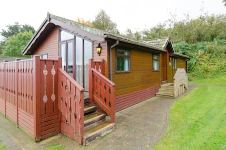 Sea View Comfort Lodge with Private Decking