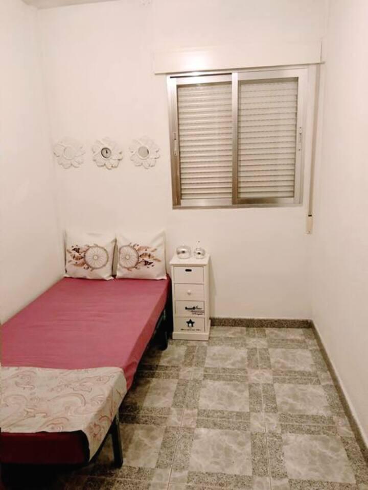 Alquilo habitación privada centro de Móstoles
