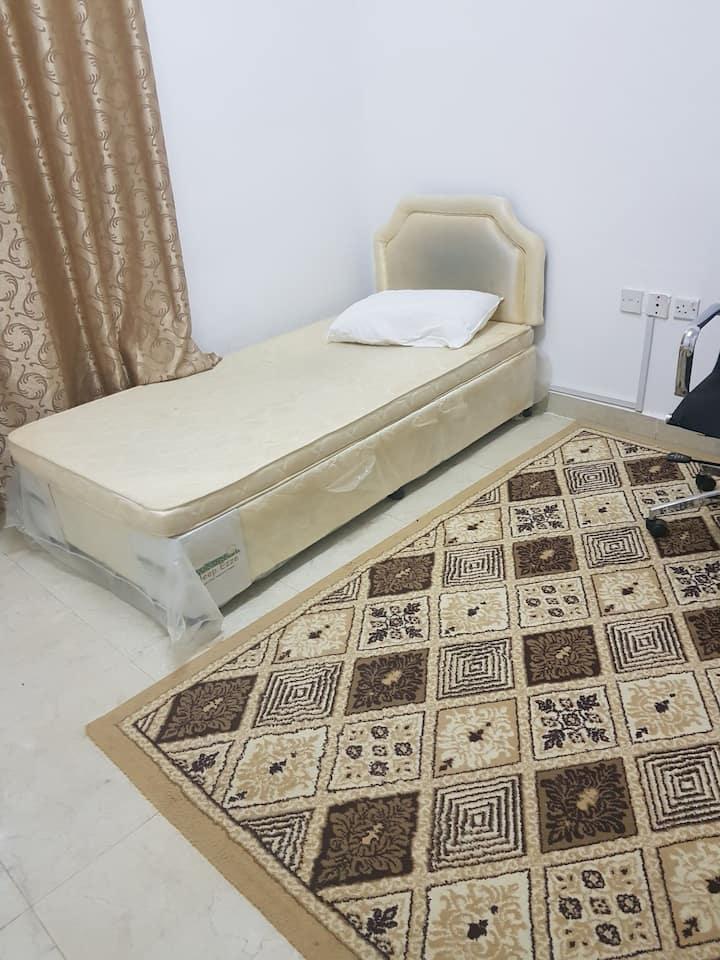 غرفة خاصة للاجار تصلح للشباب