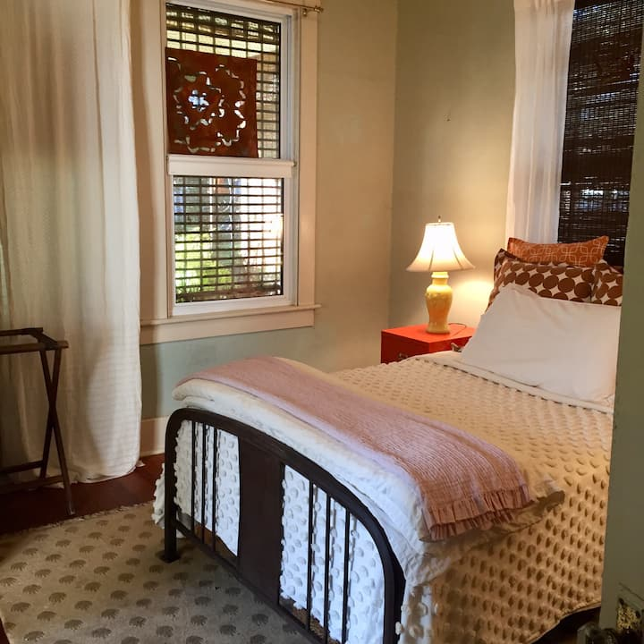 Inviting Guest Bedroom  in Quaint 1940's Bungalow