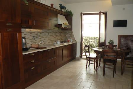 Sant'Agnello, confortable and romantic apartment - Sant'Agnello