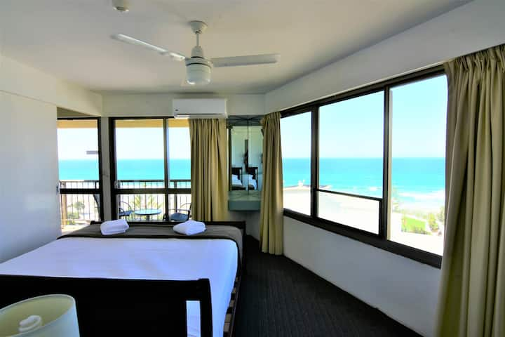 Ocean View One Bedroom Apartment (1005)