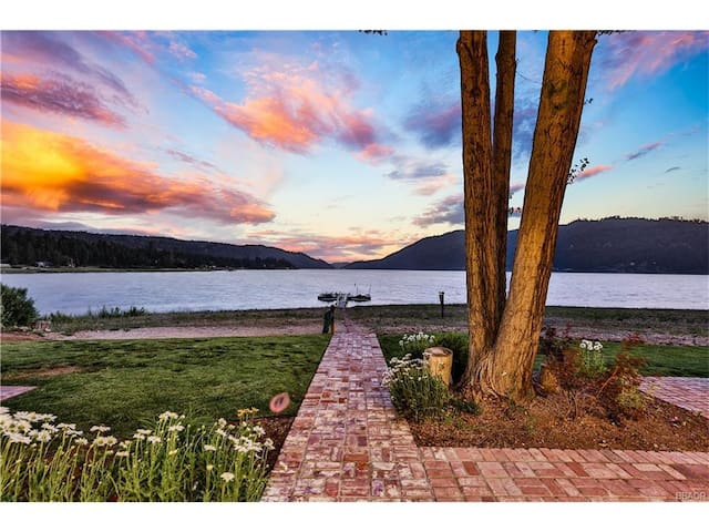 THE MOST BREATHTAKING LAKEFRONT IN BIG BEAR