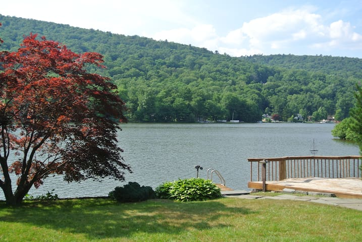 A Place to Call Home on the Lake - West Milford - Huis