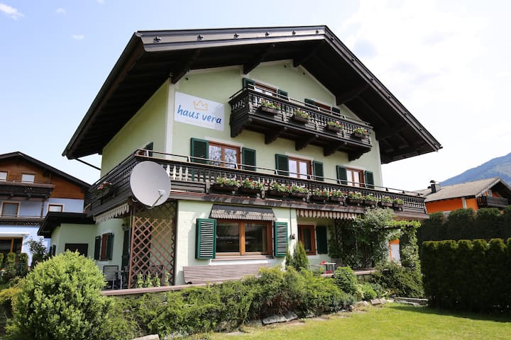 Cosy apartment - in Zell am See / Schüttdorf