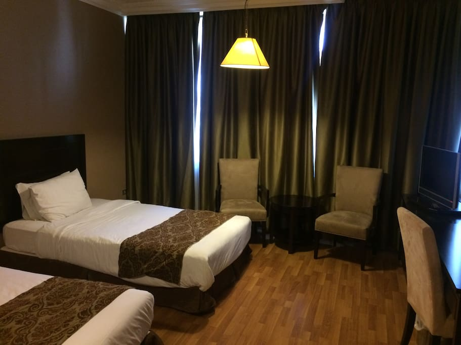 Double room with breakfast in hotel chambres d 39 h tes for Chambre hote ruoms
