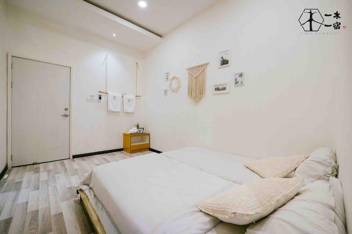 【一木一宿】二木 2人一房 独立卫生间 Two Single Bed with toilet