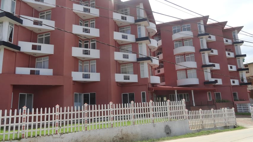 Nuweraeliya - Seagull Residencies - Avissawella - Apartment