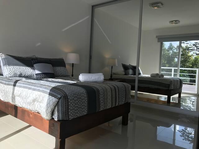 Casa Canoera PB2: Bright Room with a Pool - Tulum - Leilighet