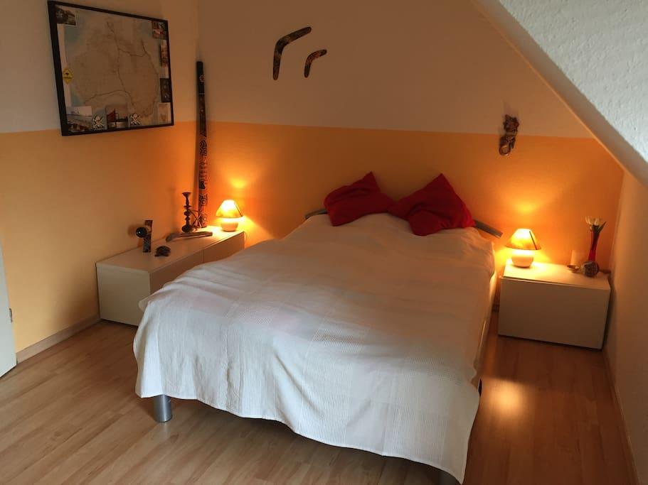 1.Schlafmöglichkeit mit Doppelbett und Balkon