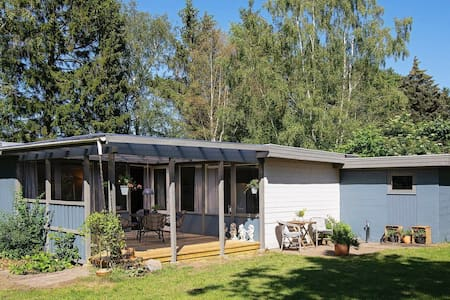 Pretty Holiday Home in Eskebjerg with Barbecue