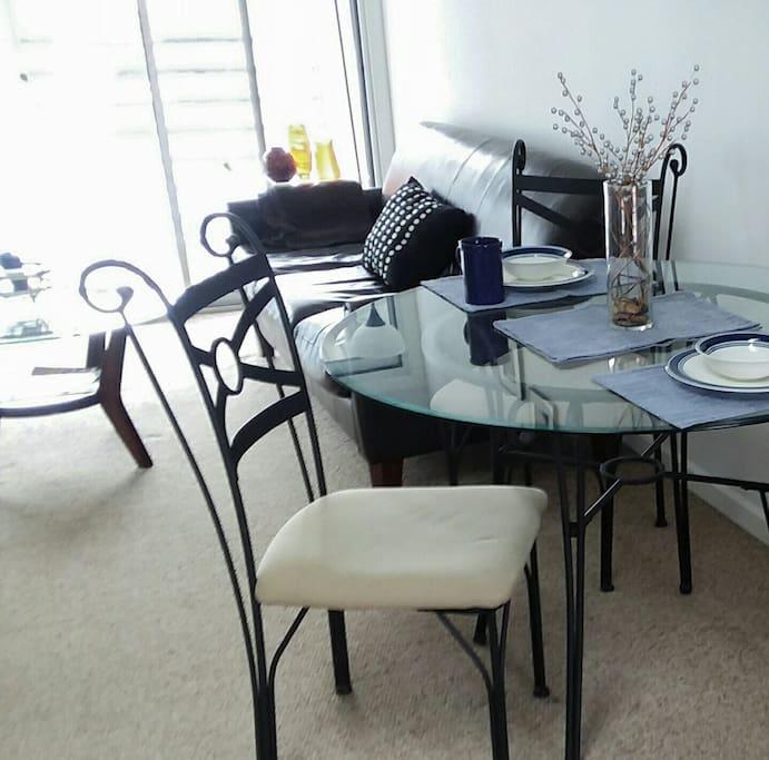 dining & living & sunshine
