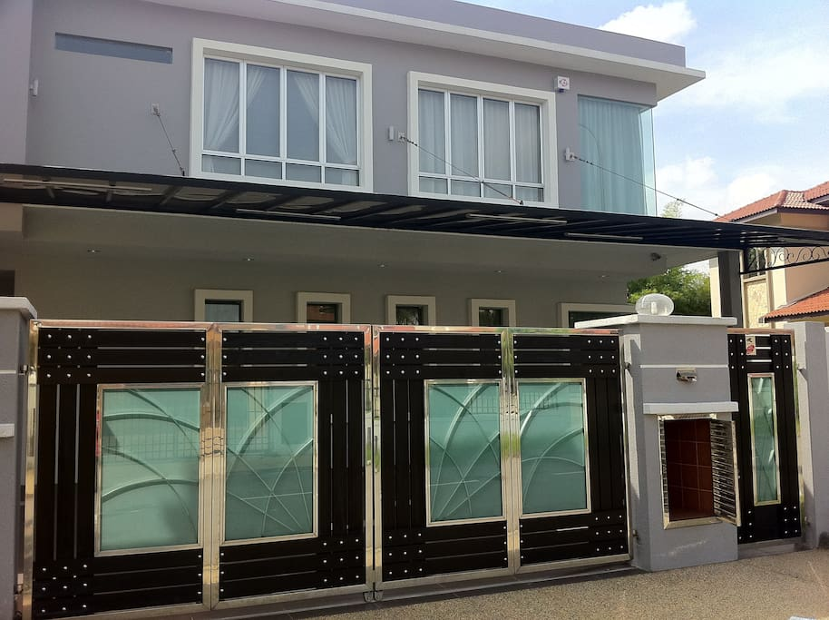 2-Storey Semi Detached (More than 4000 sq ft Living Experience)