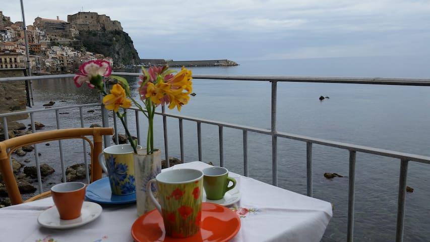 B&B Il Borgo - Scilla - ที่พักพร้อมอาหารเช้า