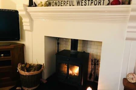 Westport / Castlebar With Light Breakfast