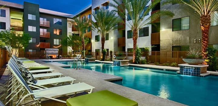 1BR w/ hotel-like amenities in Phoenix