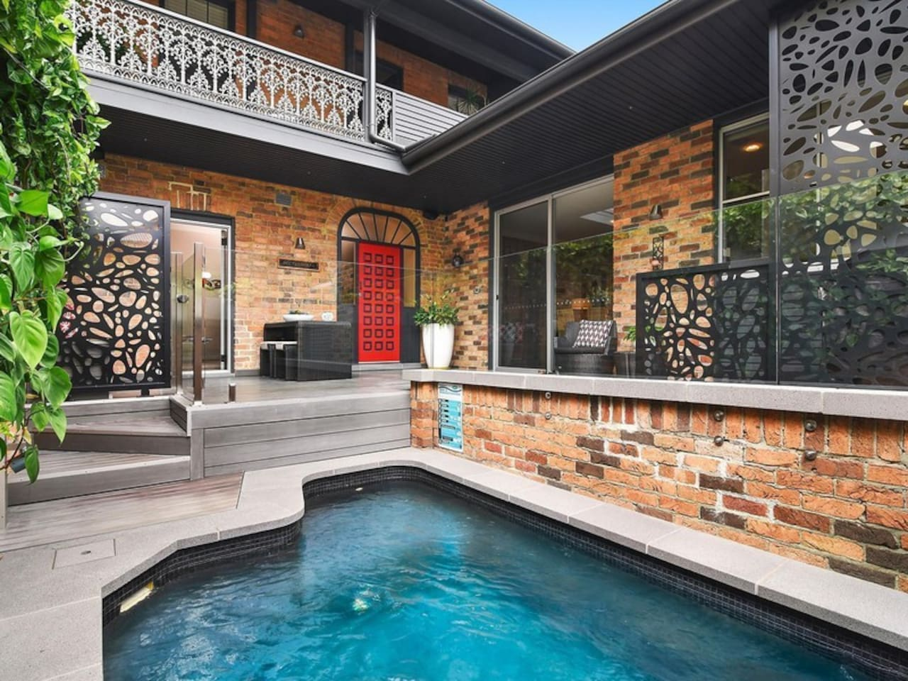 Front entrance, bbq area and plunge pool.