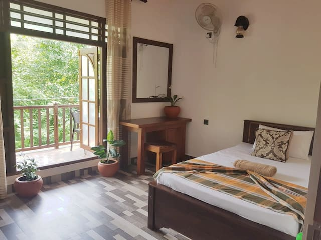 Tree Trail Villa - Double Room & Private Balcony