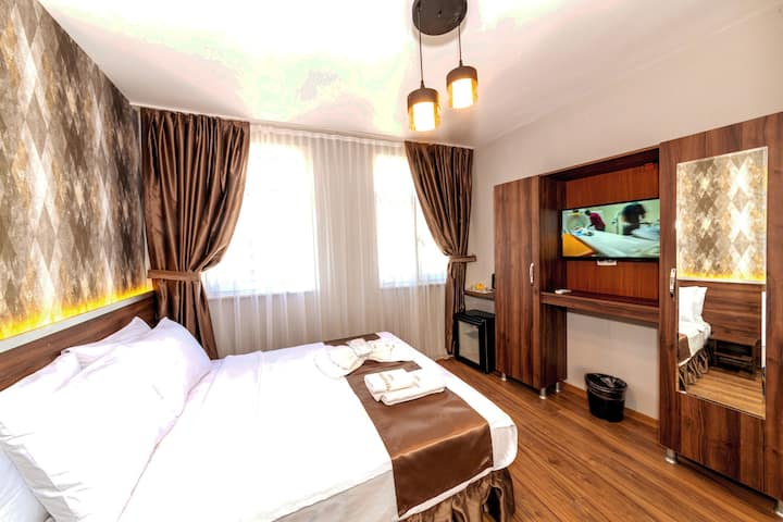 Luxury Double Room at the İstiklal Avenue