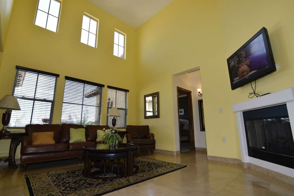 San Felipe Rental villa 13-1  -  Modern high ceilings