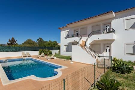 Fantastic 1 bed flat! 5 min beach!D - Albufeira