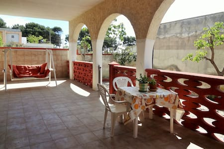 Stanze in villa a mare, Taranto - Marina di Lizzano - Huvila