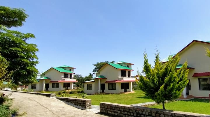 The Ohana Cottages, Villa stay palampur