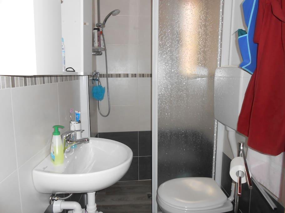 Bagno con la doccia