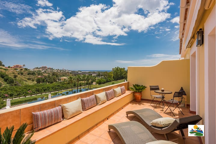 Fabulous Penthouse Marbella La Quinta Golf Resort