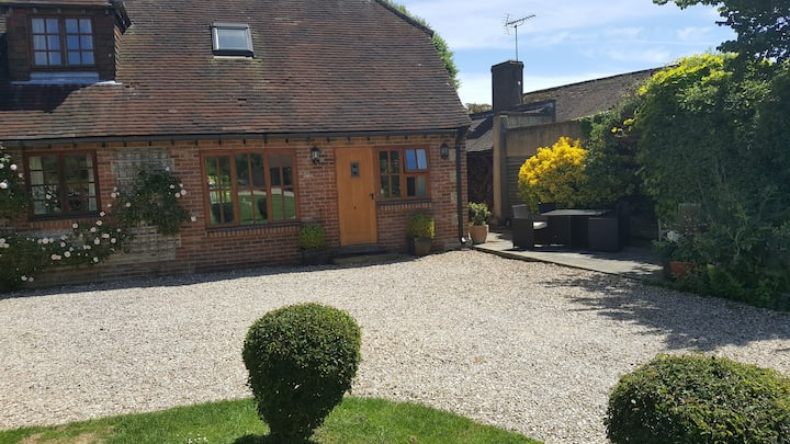 Funtington Village B and B - Annexe sleeps 4+