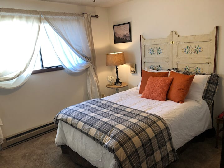Highland House Guest Room