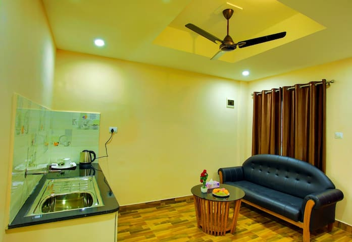 Business Class Hotel in Mananthavady