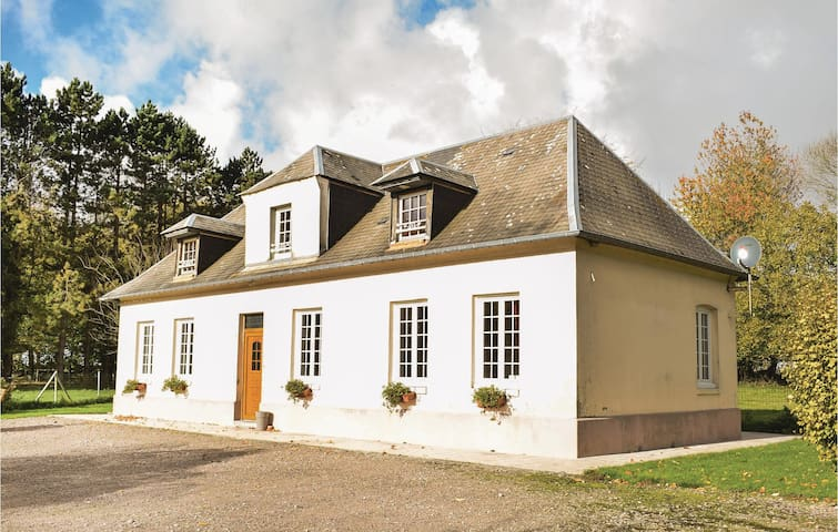 Holiday cottage with 3 bedrooms on 130 m² in Carville Pot de Fer