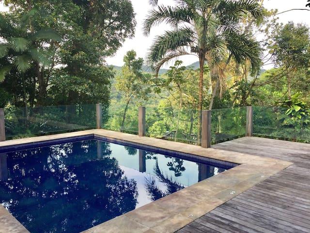 Casa no condomínio de Iporanga