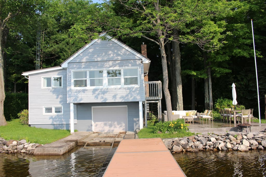 Stunning Waterfront Cottage on Cameron Lake! - Cottages ...