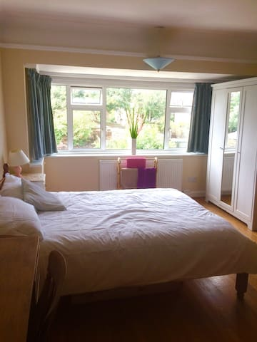 Spacious room in St Margarets home.